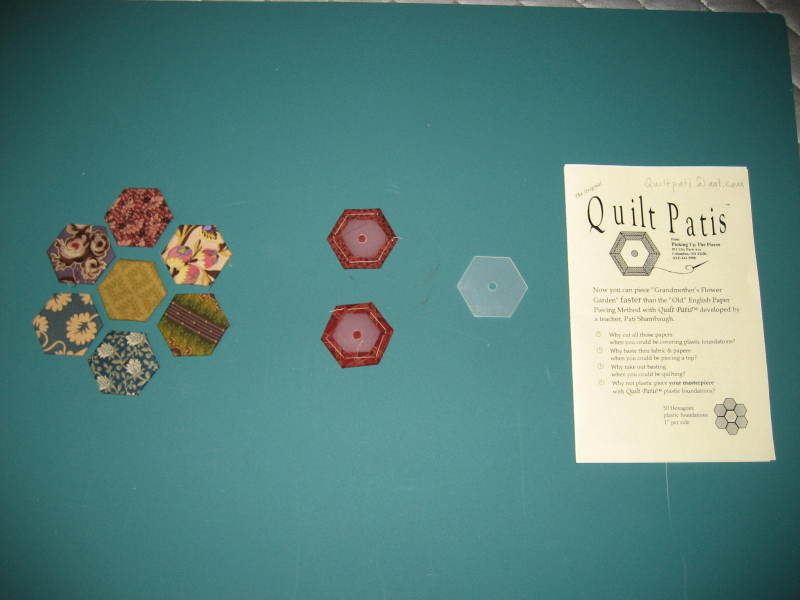 Hexagon_quilt_pieces